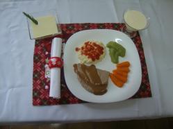 Outro prato pronto...com decoração natalina!! :)